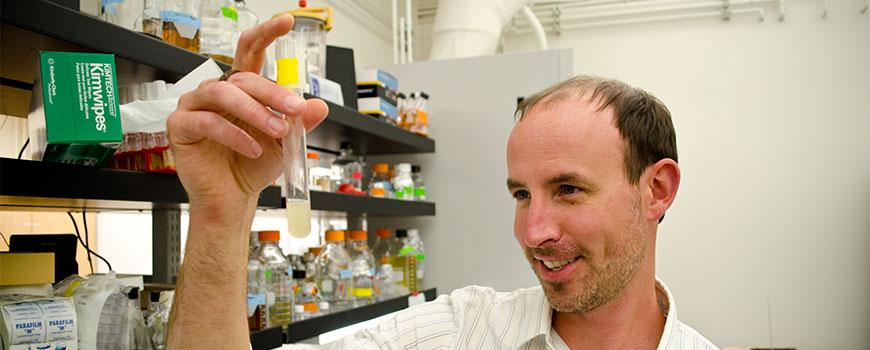 Eric Allen, Associate professor of Marine Biology