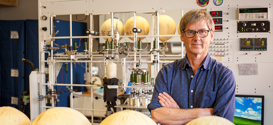 Scripps CO2 Group Director Ralph Keeling