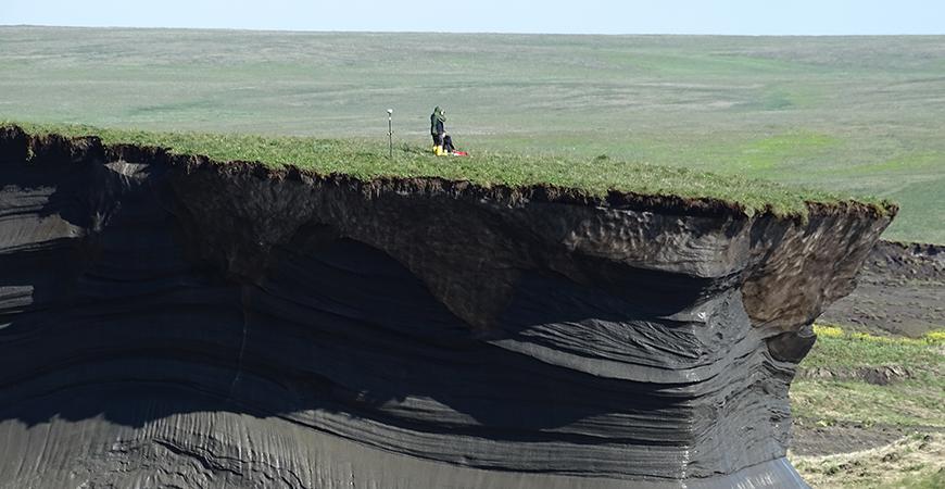 Thawing permafrost on Canada's Herschel Island. Photo: Gonçalo Vieira / Nunataryuk