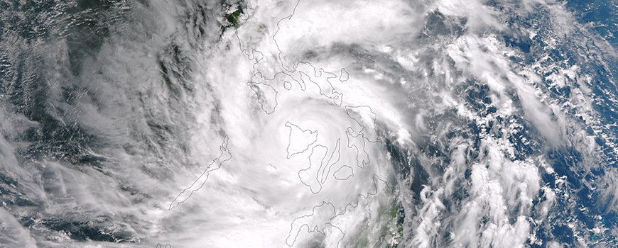 Super Typhoon Haiyan Centered Over Philippines' Panay Island. Image: NASA/NOAA