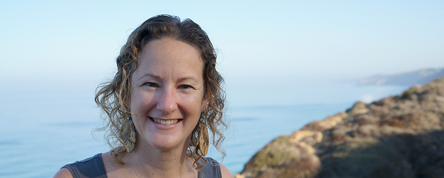 Scripps coastal oceanographer Sarah N. Giddings