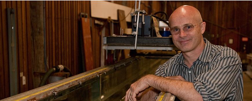 Scripps physical oceanographer Grant Deane