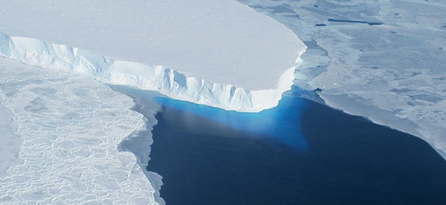 The Thwaites Ice Shelf as captured by NASA's Operation IceBridge. Credit: NASA / James Yungel