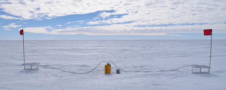 Ross Sea phase sensitive radar system