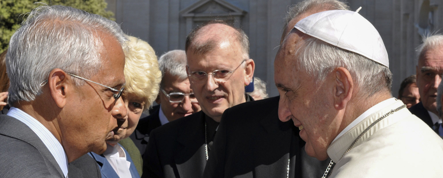 Scripps Oceanography Climate and Atmospheric Scientist V. Ramanathan and other researchers met with Pope Francis in 2014.