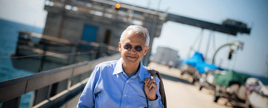 "Scripps researcher V. Ramanathan seeks to bring climate change solutions to a global audience with ""Bending the Curve"""