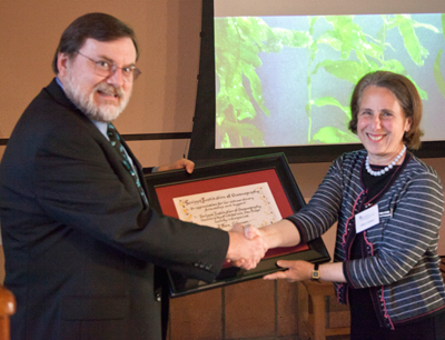 2011 Amici Cum Laude Award Recipient, Ellen Lehman with Tony Haymet